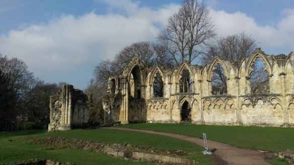 St Mary's Abbey ruins (sml)